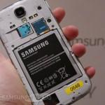 Samsung бесплатно заменяет неисправные аккумуляторы в Galaxy S4