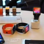 MWC 2014: «живые» фото часов Samsung Gear 2 и Gear 2 Neo